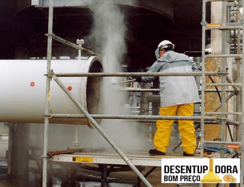 Conheça o serviço de hidrojateamento industrial da Bom Preço