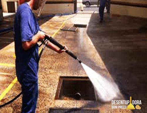 Entenda como funciona o serviço de hidrojateamento de alta pressão